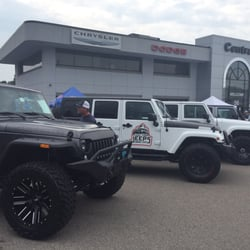 Central Jeep Norwood >> Central Chrysler Jeep Dodge Norwood 22 Photos 103 Reviews Car