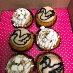 2 Smallcakes 55 Reviews Cupcakes