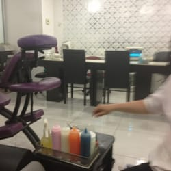 Luxe beauty nail salon closed 13 photos 20 reviews for A luxe beauty salon