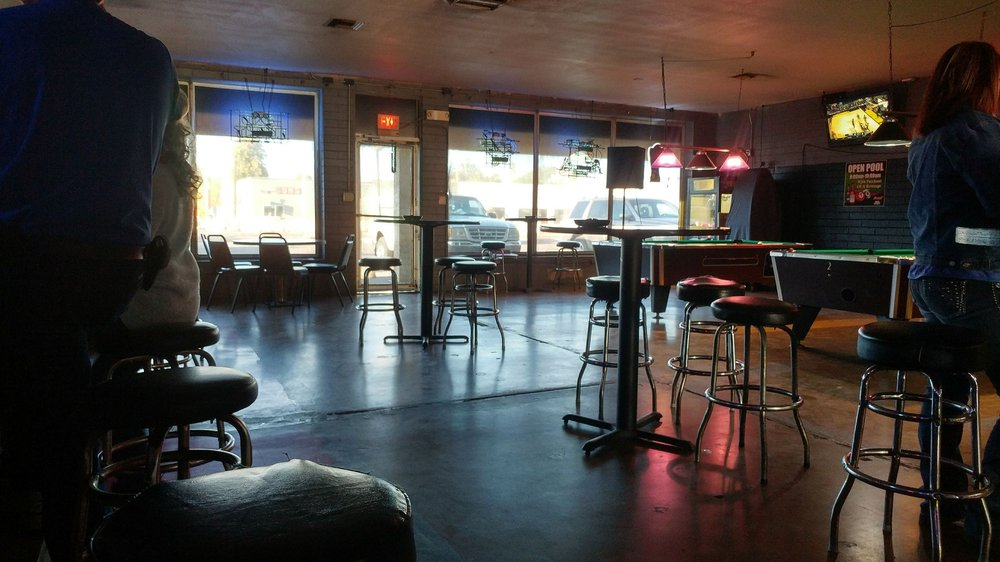 Hambone Sports Bar and Grill