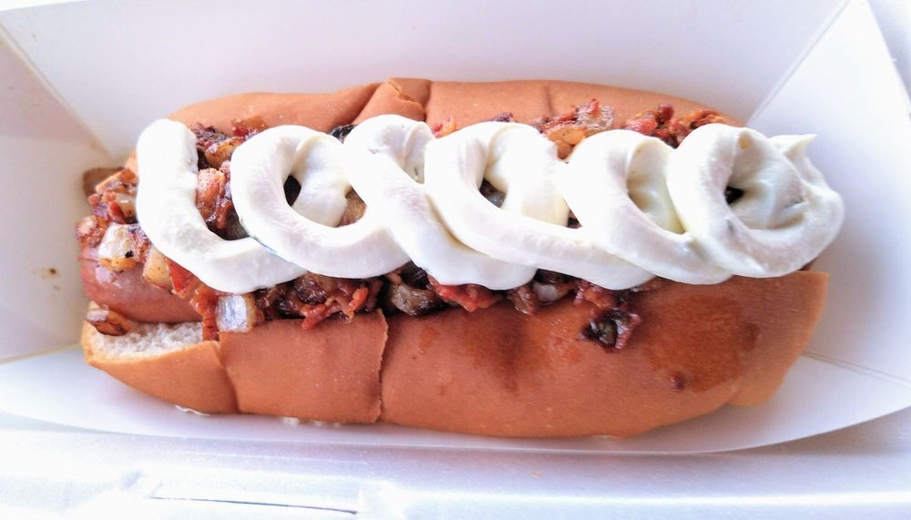 Food from Doggie Style Hot Dogs