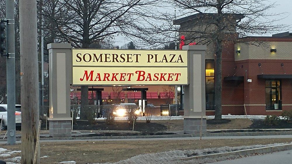 Somerset Plaza: 379 Amherst St, Nashua, NH
