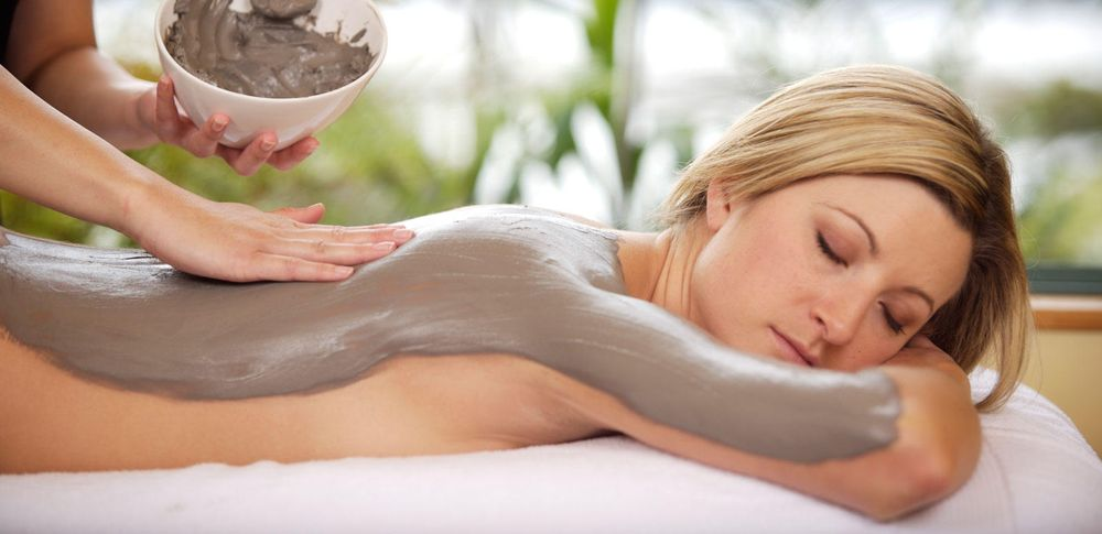 Helping Hands Massage & Aromatherapy: 1429 College Ave, Modesto, CA