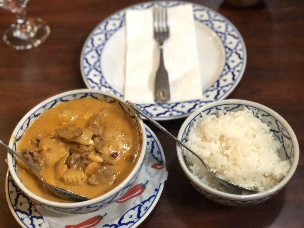 Chili Thai Restaurant: 7406 27th St W, University Place, WA
