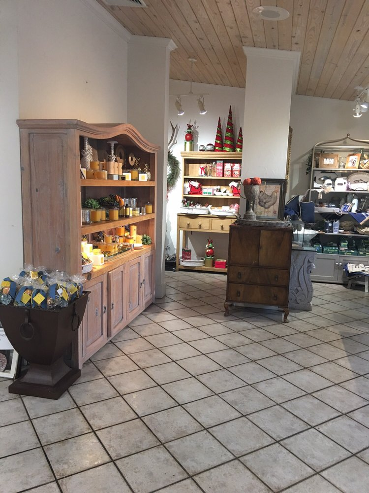 Aromatique: 2420 Highway 25B, Heber Springs, AR