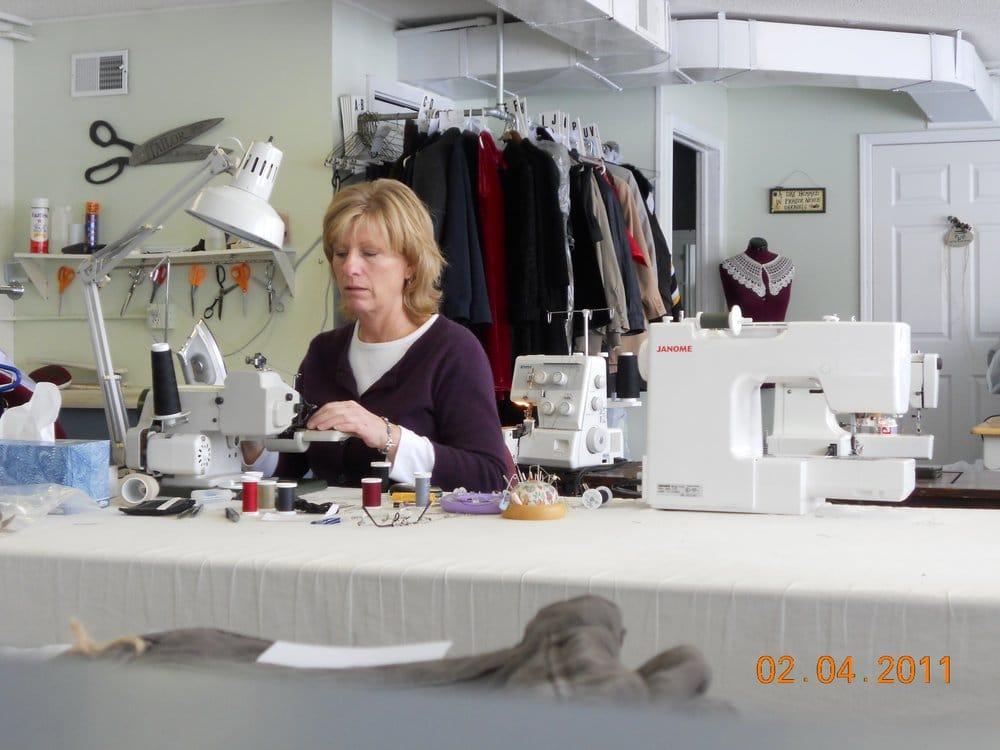 Kathy's Sewing & Alterations: 1095 W Laketon At Barclay, Muskegon, MI