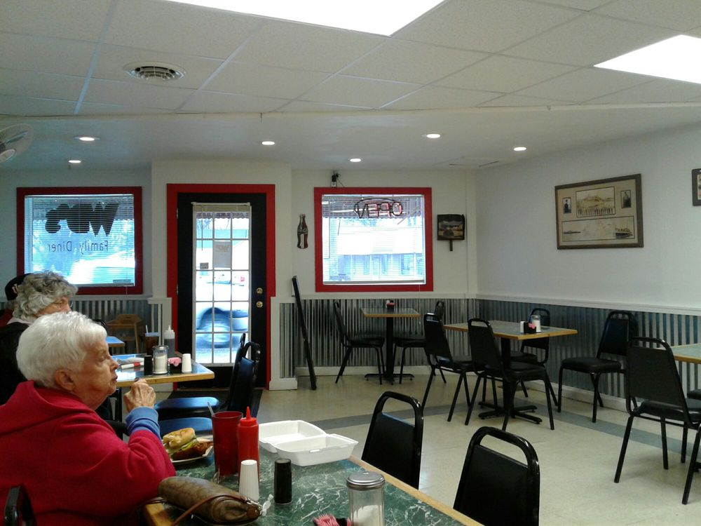 WD's Family Diner: 2021 Washington Ave, Vincennes, IN