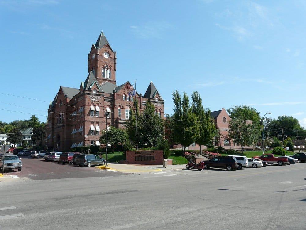 Cass County Courthouse: 346 Main St, Plattsmouth, NE