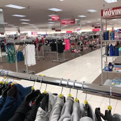 Burlington Coat Factory 12 Photos 17 Reviews Women S Clothing