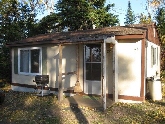 Eagle Lodge Lakeside Cabins: 13051 M-26, Eagle Harbor, MI