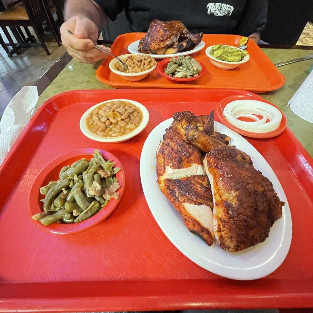 Lukas Barbecue & Steakhouse: 1415 TX-146, Kemah, TX