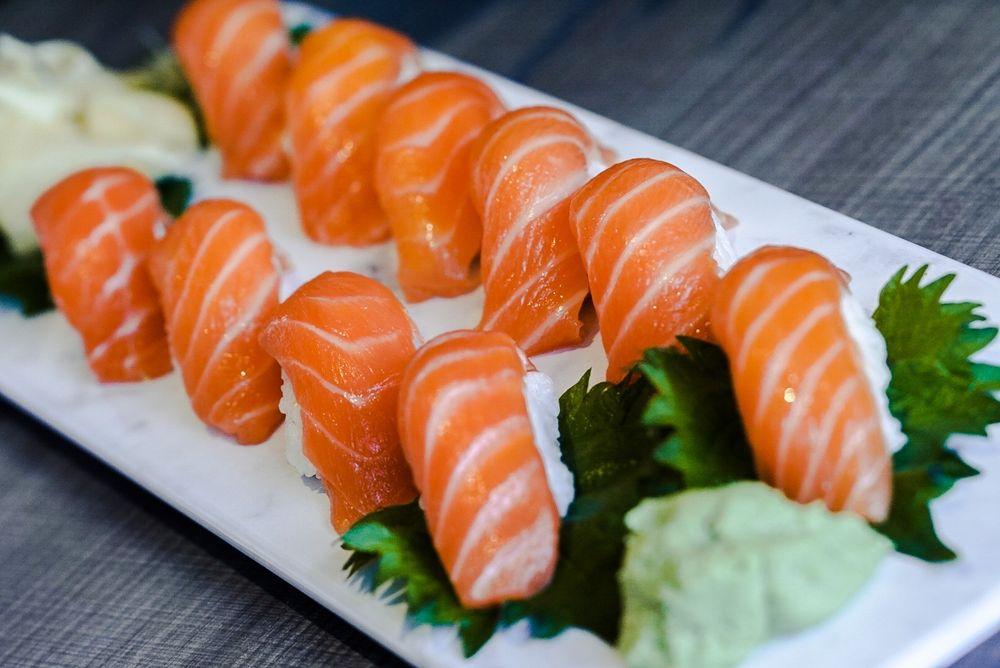 Kin Thai & Sushi: 22211 W Interstate 10 Frontage Rd, San Antonio, TX