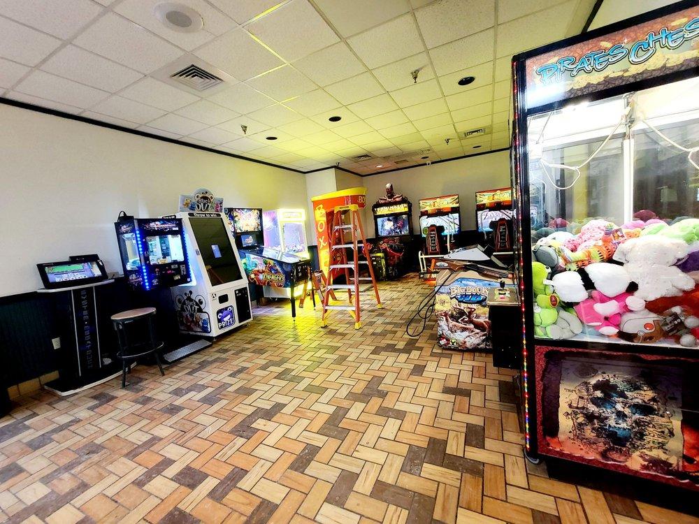 Petro Stopping Center: 4700 S Lincoln Ave, York, NE