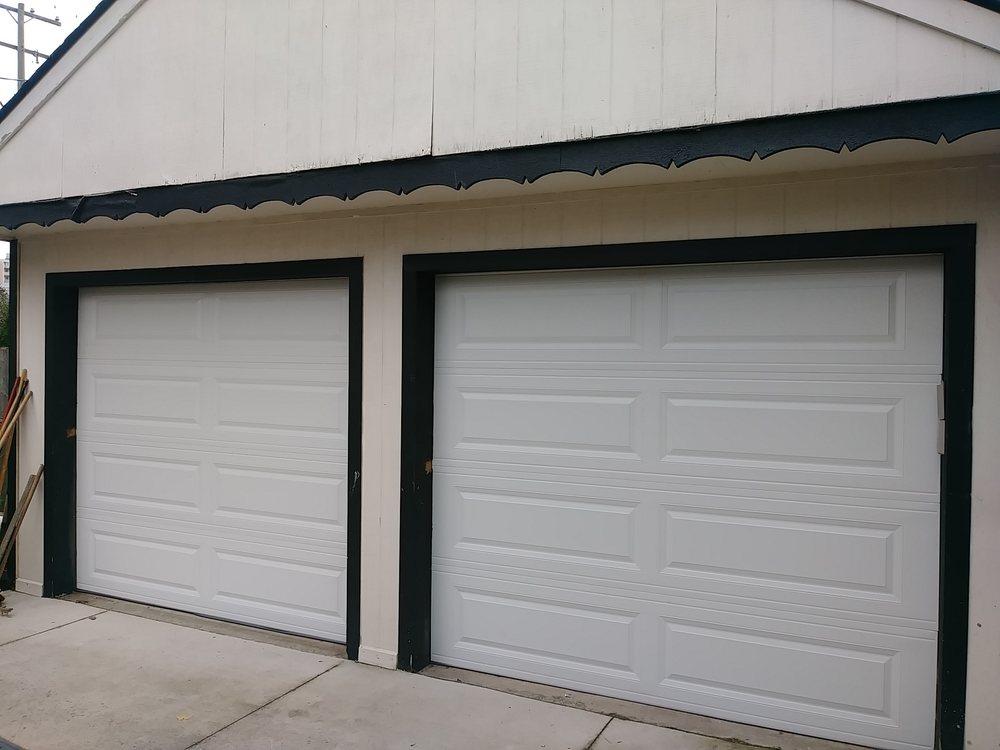Center Line Door: Center Line, MI