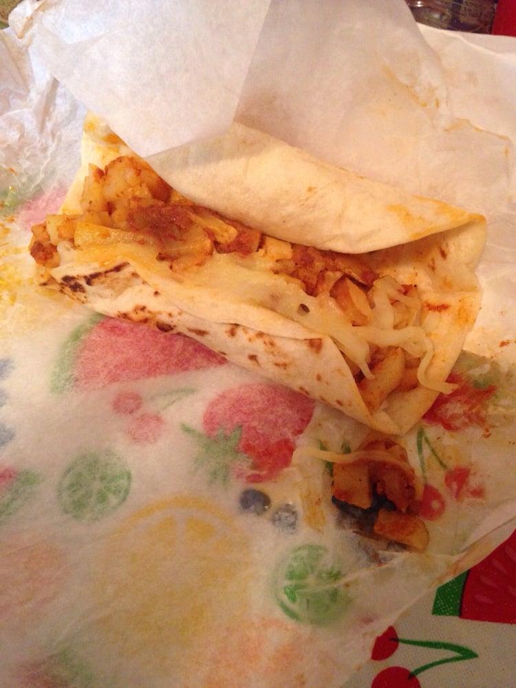 Adriana's Taqueria Y Tortilleria: 126 South Ct, Breckenridge, TX
