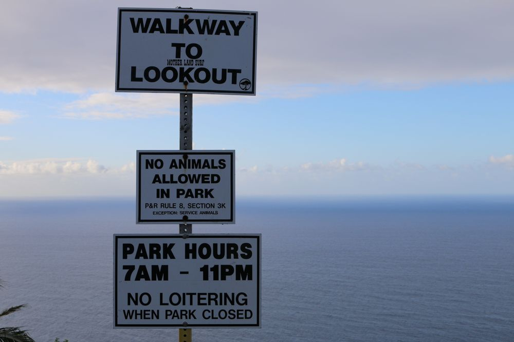 Waipio Valley Lookout: 45-690 Pakalana St Hwy 19, Honokaa, HI