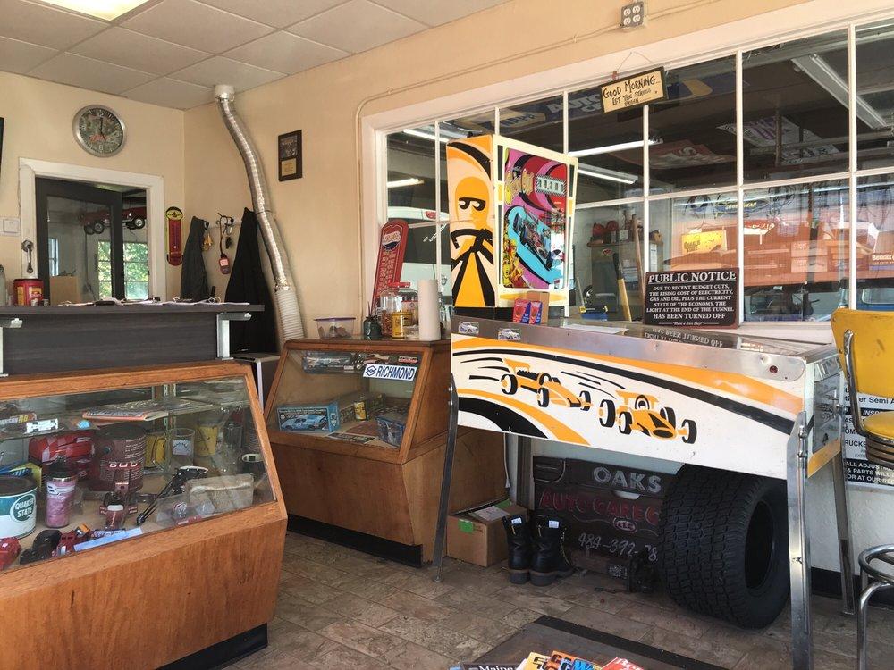 Oaks Automotive: 208 Brower Ave, Phoenixville, PA