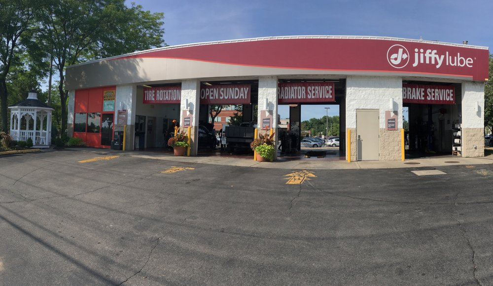 Jiffy Lube: 711 Troy Schenectady Rd., Latham, NY