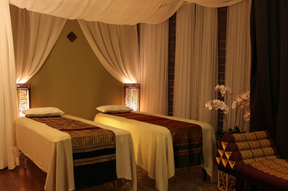 thai aroma oil massage room for couples yelp. Black Bedroom Furniture Sets. Home Design Ideas