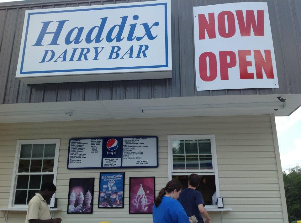 Haddix Dairy Bar: 8354 Hwy 15 S, Jackson, KY