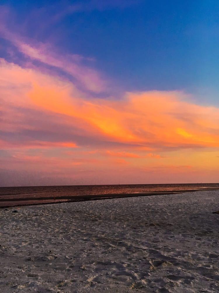 Pass Christian Beach: W Beach Blvd, Pass Christian, MS