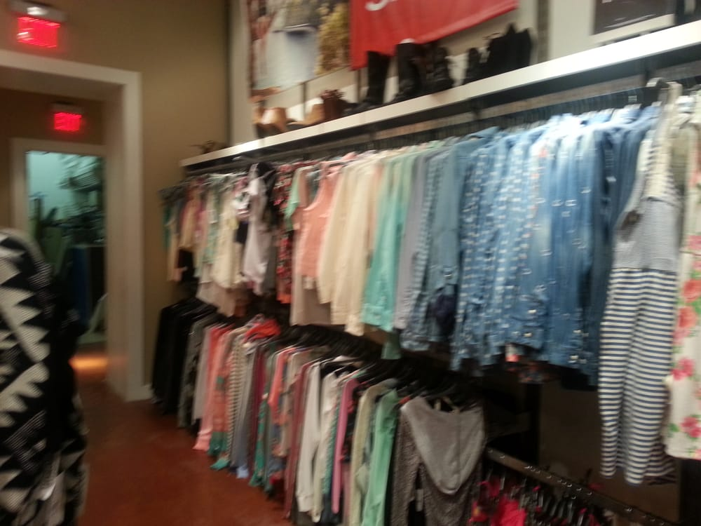 Pacific Sunwear: 3507 Manchester Expy, Columbus, GA