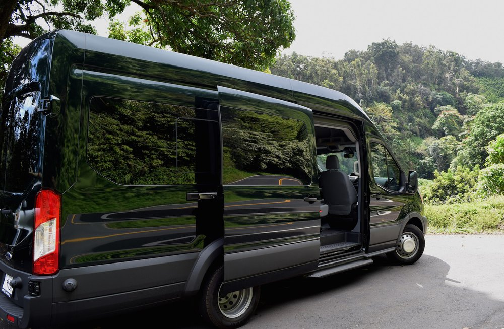 33d2c3776d Custom comfort 14 passenger van is equipped with dually wheels ...