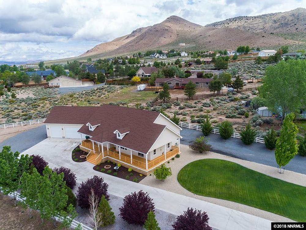Amanda Moline - RE/MAX Realty Affiliates: 1320 US Hwy 395, Gardnerville, NV