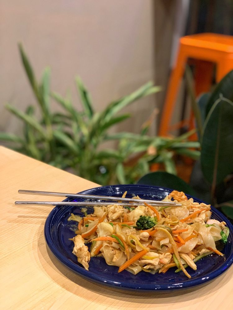 Food from Noodle Hub