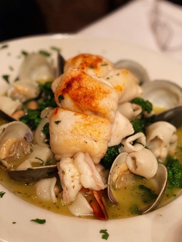 Angelina's Italian Cuisine: 1017 Oyster Bay Rd, East Norwich, NY