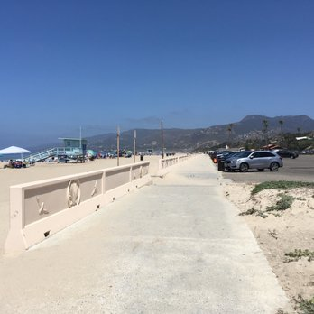 Photo Of Zuma Beach Malibu Ca United States Path Between