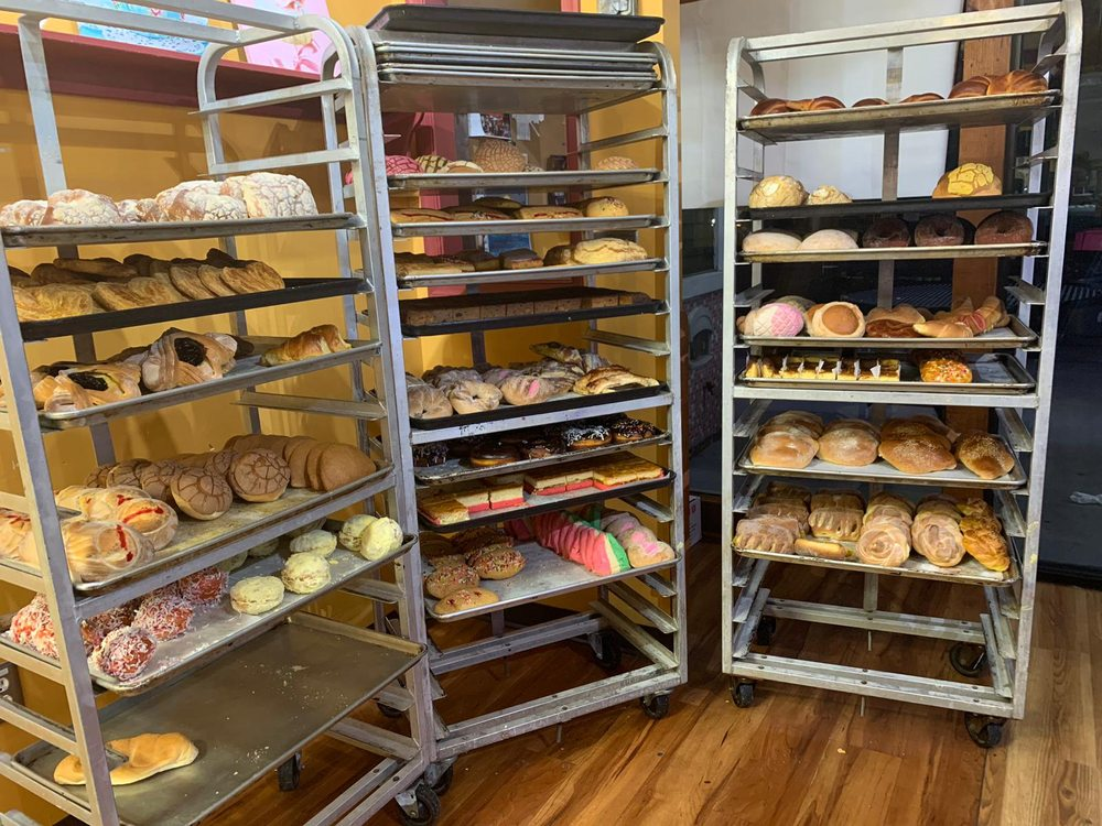 El Paisano Bakery: 56 E Wolfe St, Harrisonburg, VA