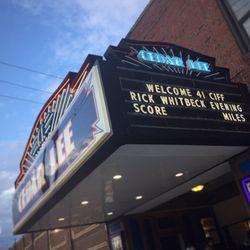 cedar lee theatre 19 photos amp 79 reviews cinemas