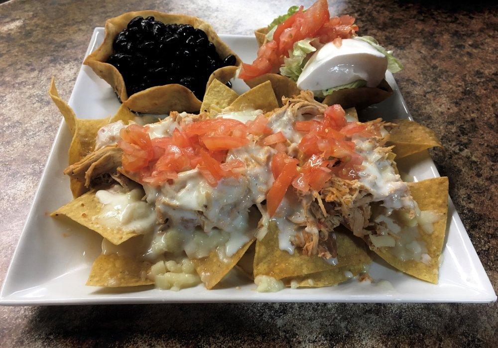 Tabasco Mexican Grill: 200 General Daniels Ave N, Danielsville, GA