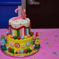Kiss The Cook Cakes Bakeries 25701 1 45 N The Woodlands Tx