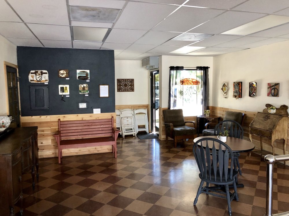 The Coffee Cup: 220 Malden Ave, Fullerton, CA