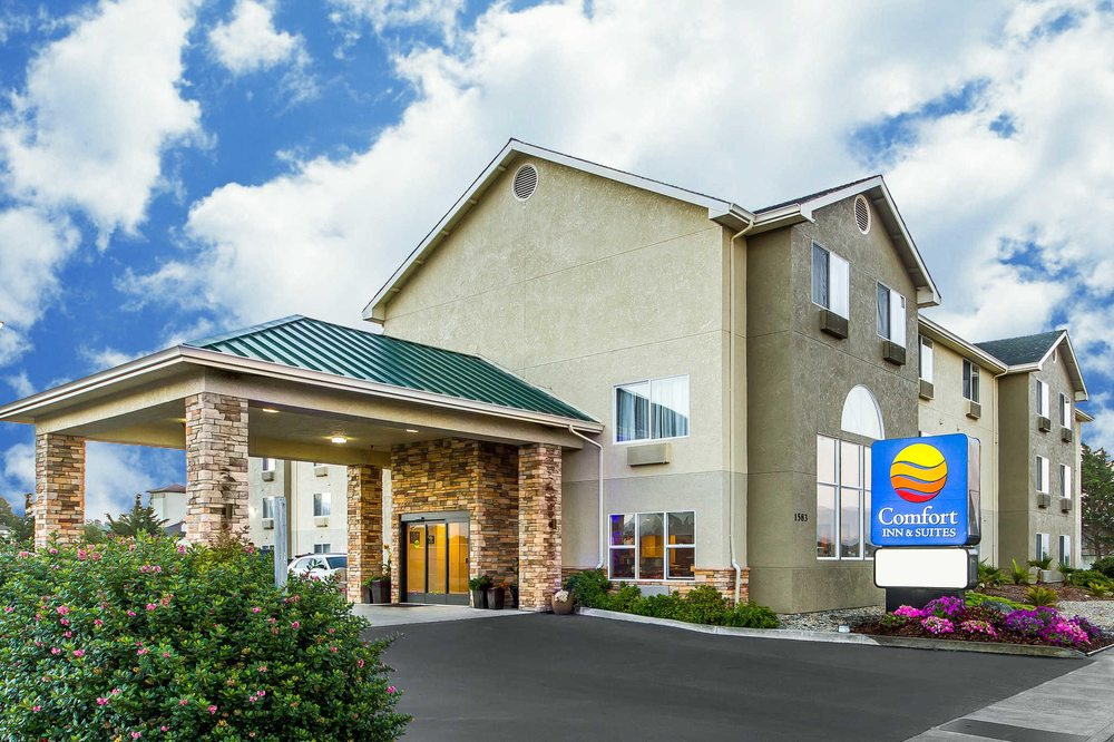 Comfort Inn Suites Redwood Country