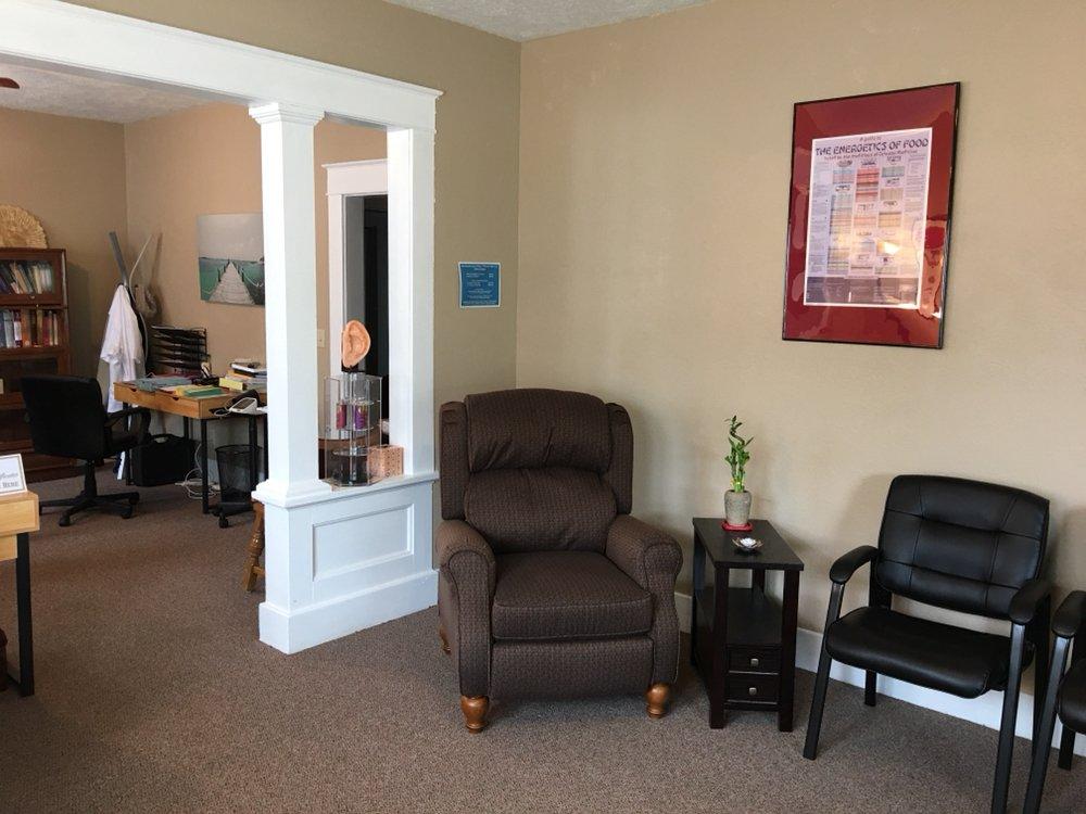 Ada Acupuncture Clinic: 522 E 12th St, Ada, OK