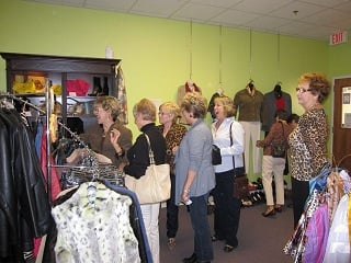 Bella's Consignment Boutique: 1107 New Pointe Blvd, Leland, NC