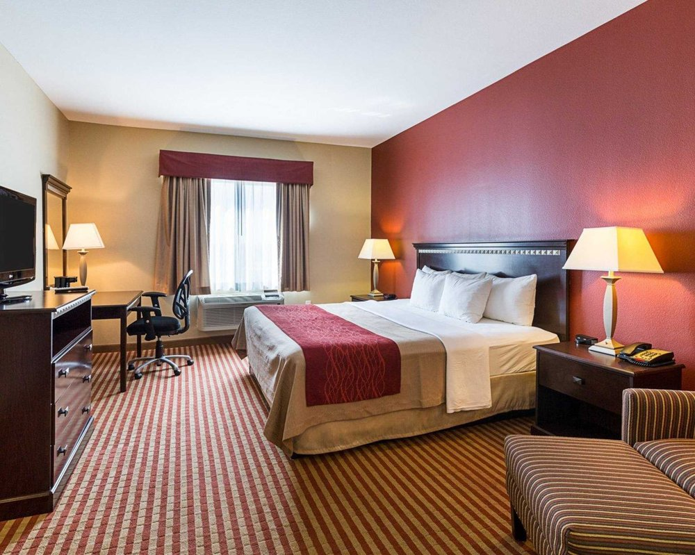 comfort inn 27 photos hotels 2321 hwy 62 south orange tx