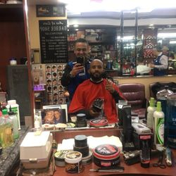 Ace Of Cuts Barber Shop 346 Photos 385 Reviews Barbers 518 E