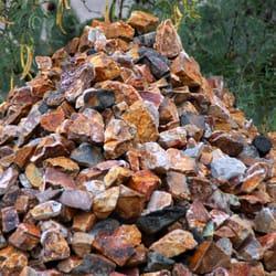 Sonoran landscape materials 30 photos nurseries for Landscaping rocks tucson