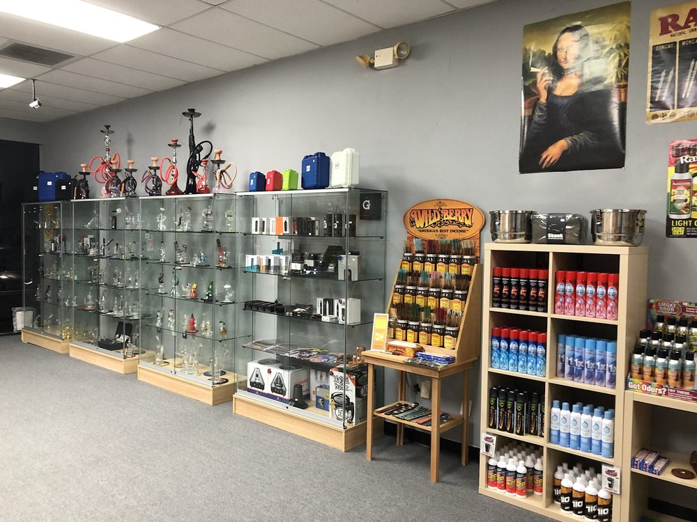 Good Vibes Smoke Shop 2: 3800 Tampa Rd, Oldsmar, FL
