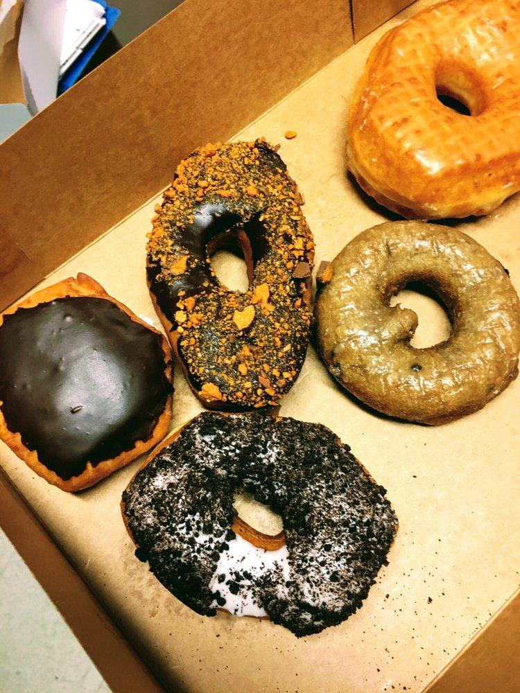 Grateful Donuts