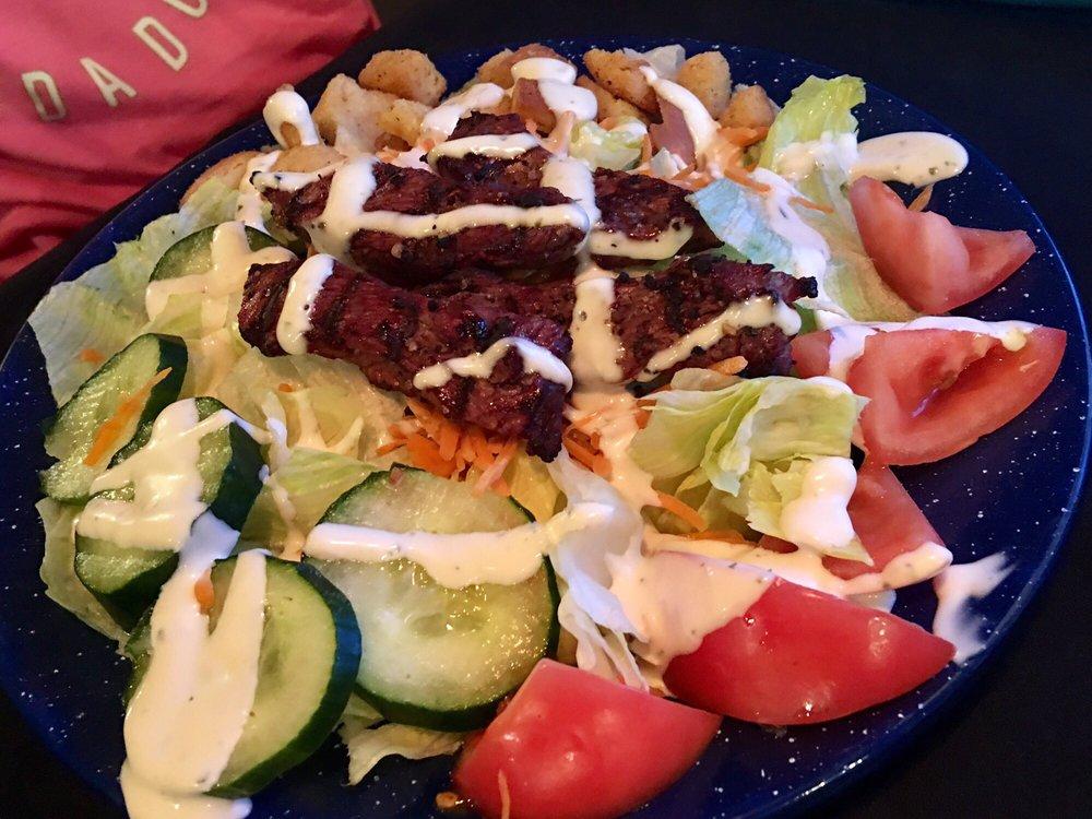 Diamond Heart Cattlemen's Steakhouse: 690 N 4th St, Montpelier, ID