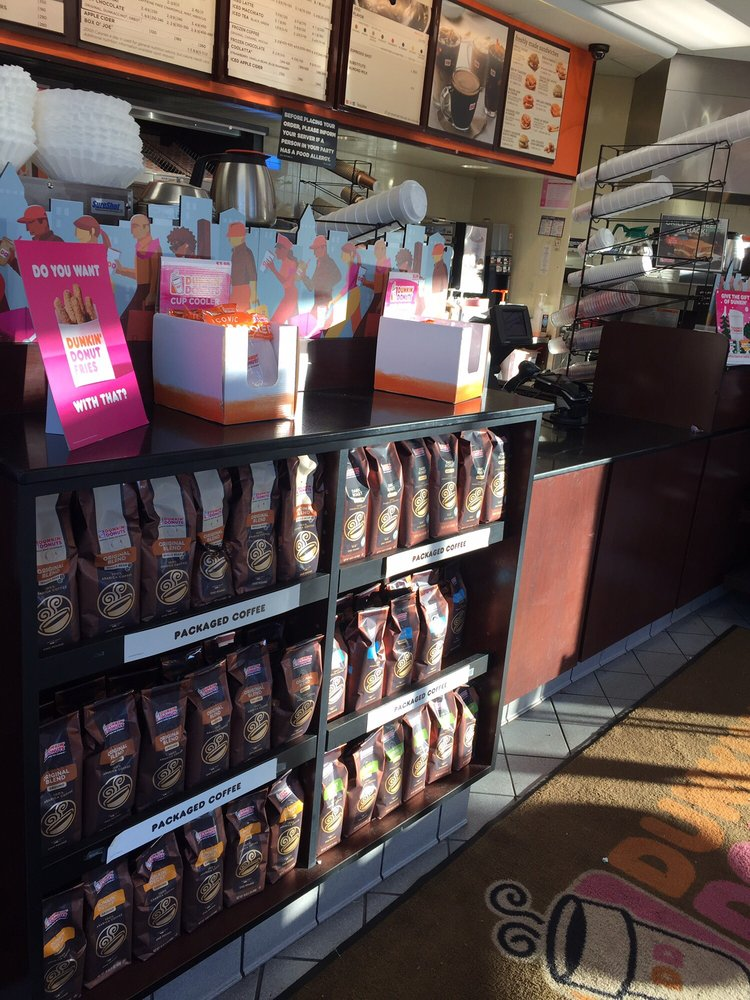Dunkin' Donuts: State Hwy 36 Wilson Ave, Port Monmouth, NJ