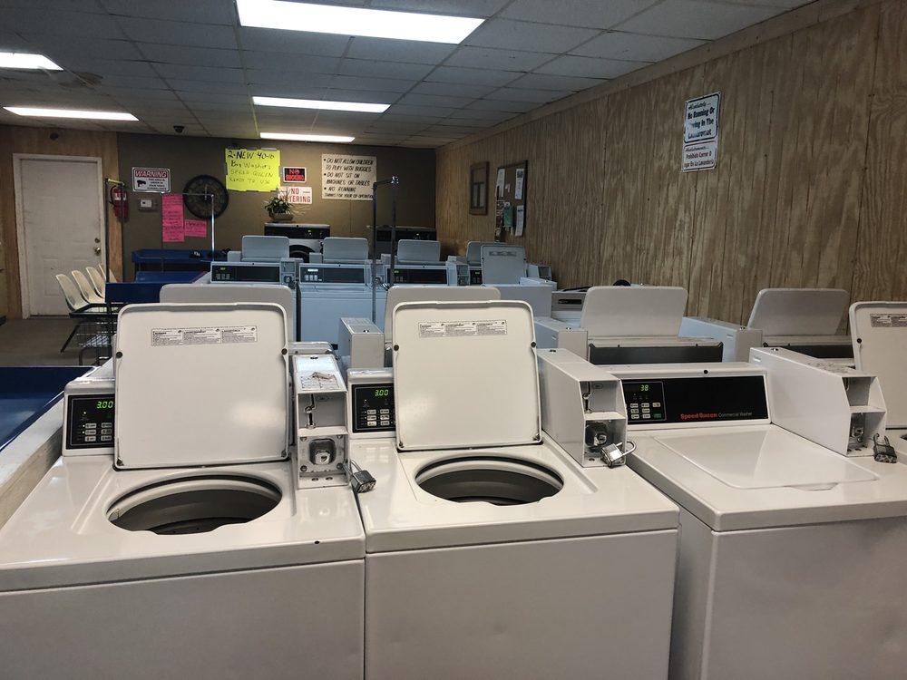 Allen's Laundromat: 9 Main St, Clendenin, WV