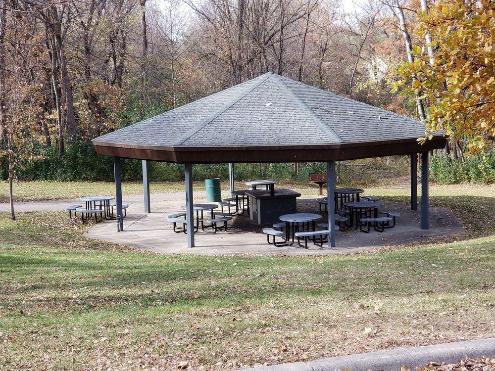Manthey Park: 225 24th St NE, Owatonna, MN