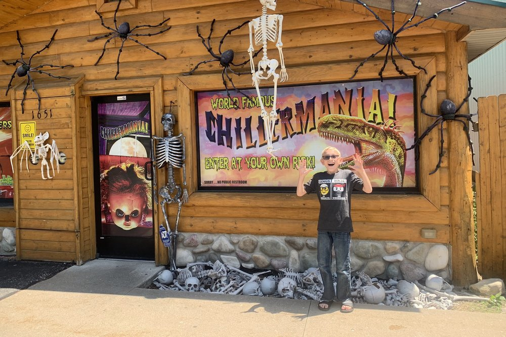 Chillermania: 1651 S Straits Hwy, Indian River, MI
