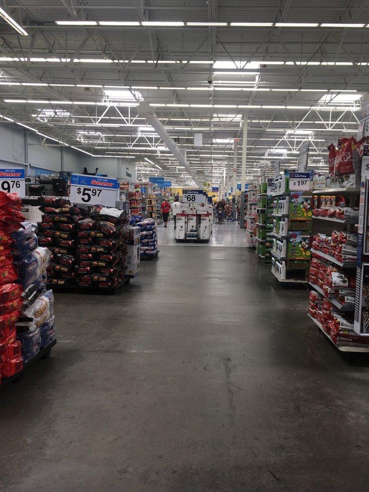 Walmart Supercenter: 5070 Fayetteville Rd, Lumberton, NC